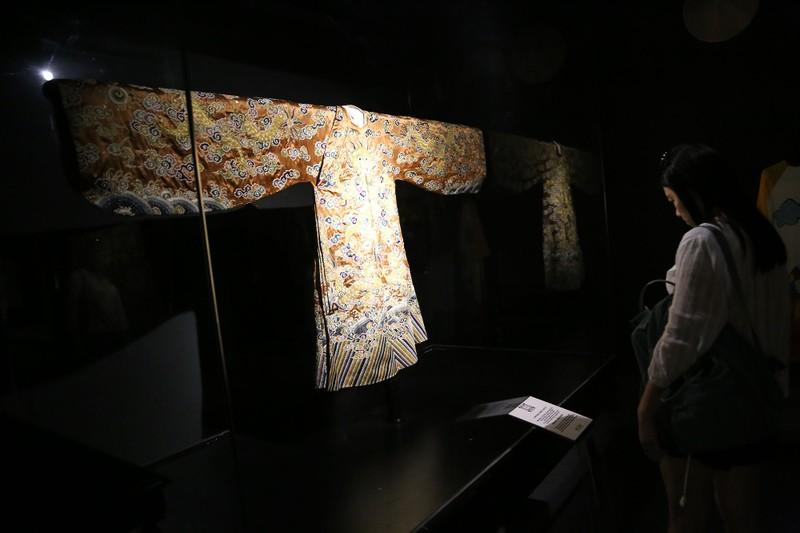 Ngắm áo dài của các nữ lãnh đạo Việt Nam - ảnh 14