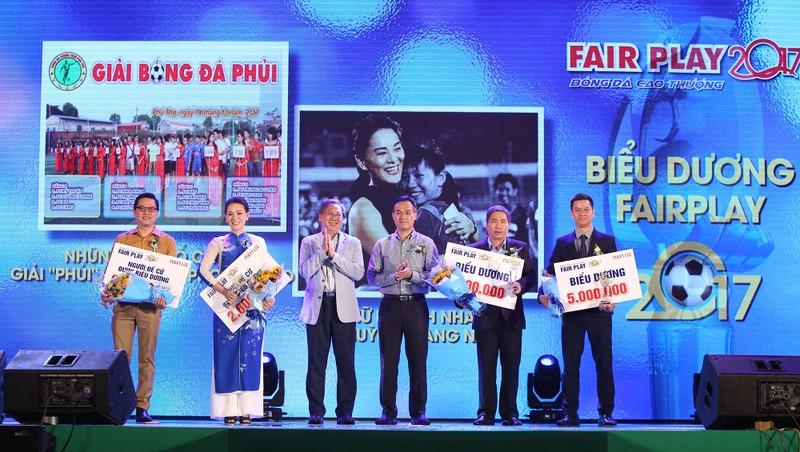 Ấn tượng lễ trao giải Fair Play 2017 - ảnh 11