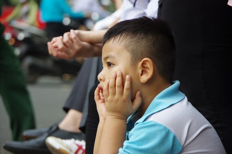 Hình ảnh xúc động trong lễ tang cố TT Phan Văn Khải - ảnh 4