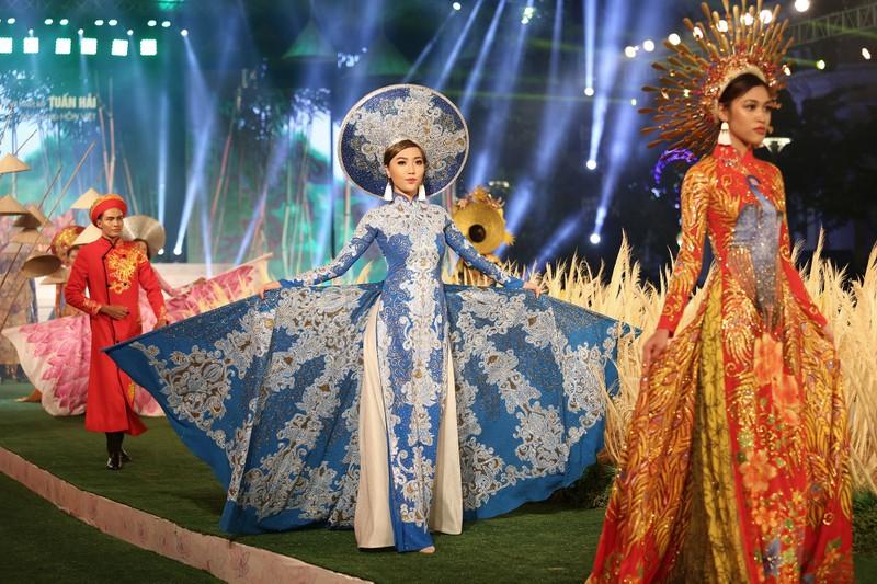 Hơn 100.000 người hưởng ứng Lễ hội áo dài TP.HCM 2018  - ảnh 2