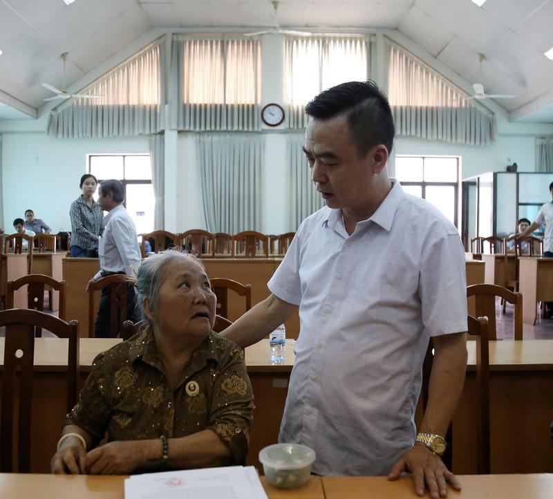Toàn cảnh lãnh đạo Ban Tiếp dân TW và TP.HCM gặp dân Thủ Thiêm - ảnh 9