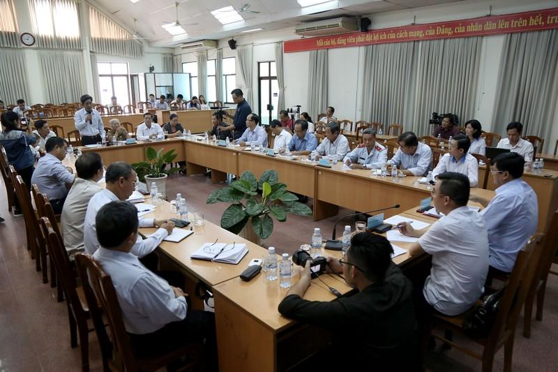 Toàn cảnh lãnh đạo Ban Tiếp dân TW và TP.HCM gặp dân Thủ Thiêm - ảnh 1