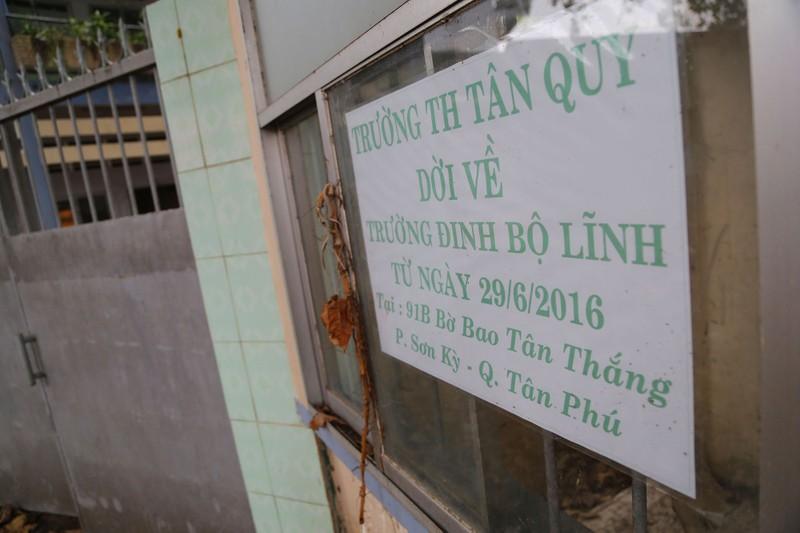 Ngôi trường tiểu học bỏ hoang gần 3 năm ở TP.HCM - ảnh 19