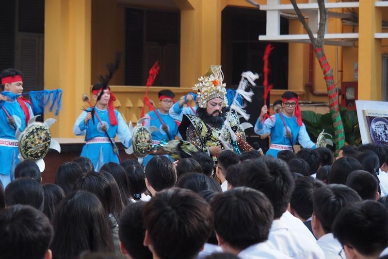 Hào hứng xem cải lương Trọng Thủy - Mỵ Châu sau giờ học sử - ảnh 2