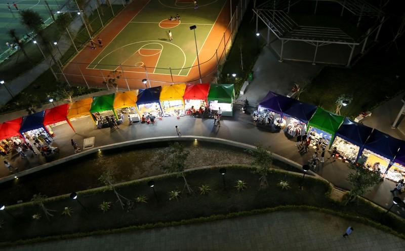 Cận cảnh chợ đêm mới cho sinh viên làng ĐH Quốc gia  - ảnh 12