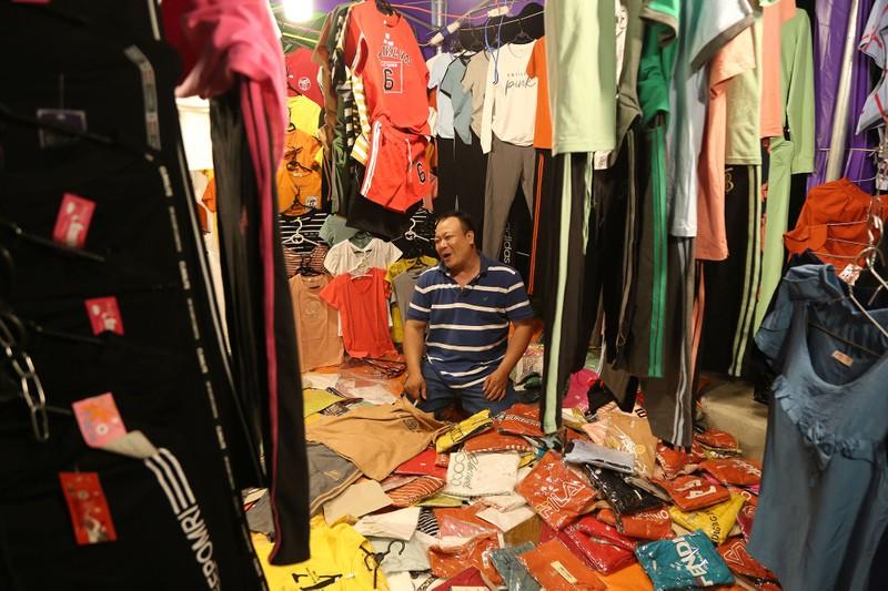 Cận cảnh chợ đêm mới cho sinh viên làng ĐH Quốc gia  - ảnh 9