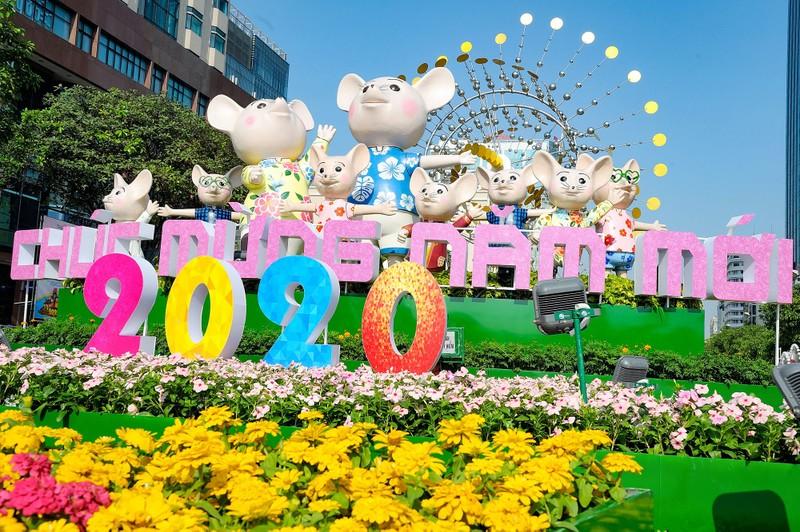 'Biển người' chen chân ở đường hoa Nguyễn Huệ 2020 - ảnh 13