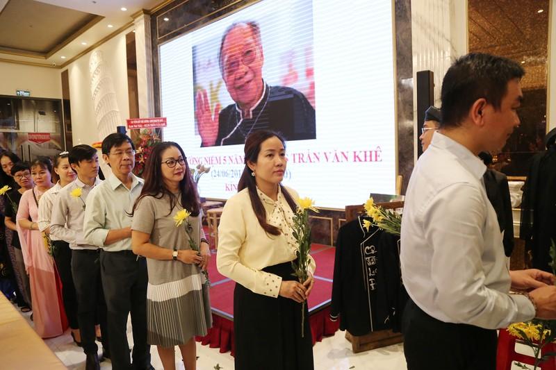 Học trò tưởng niệm 5 năm ngày mất cố GS.TS Trần Văn Khê - ảnh 2