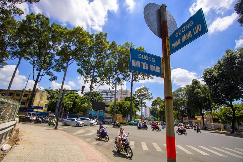 Cận cảnh đoạn đường Đinh Tiên Hoàng sắp đổi thành Lê Văn Duyệt - ảnh 2