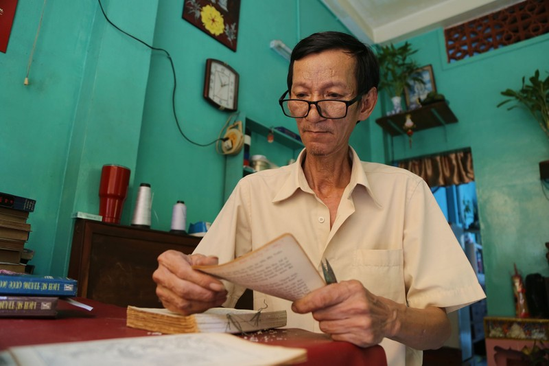 Vị cứu tinh của hàng ngàn người mê sách cũ ở Sài Gòn - ảnh 2