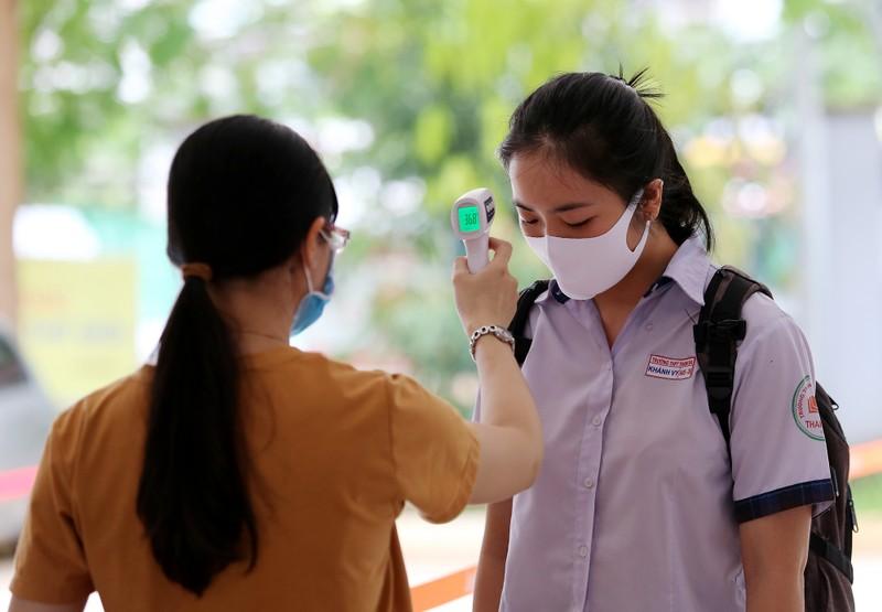 Quy trình kiểm tra y tế nghiêm ngặt trước giờ thi THPT 2020 - ảnh 3