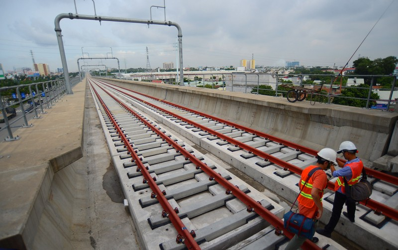 Ngắm diện mạo toàn tuyến metro số 1 sắp về đích - ảnh 21