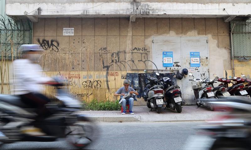 Nghề 'xé quần' độc nhất vô nhị ở Sài Gòn - ảnh 9