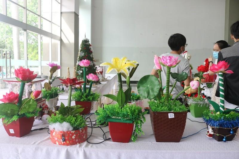 Sinh viên năm nhất làm hoa công nghệ cảnh báo khí gas - ảnh 5