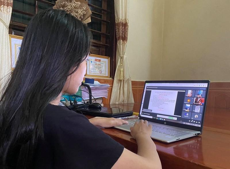 Khóc cười học online: Cô hỏi nghe rõ không, trò nói nghe không rõ - ảnh 3