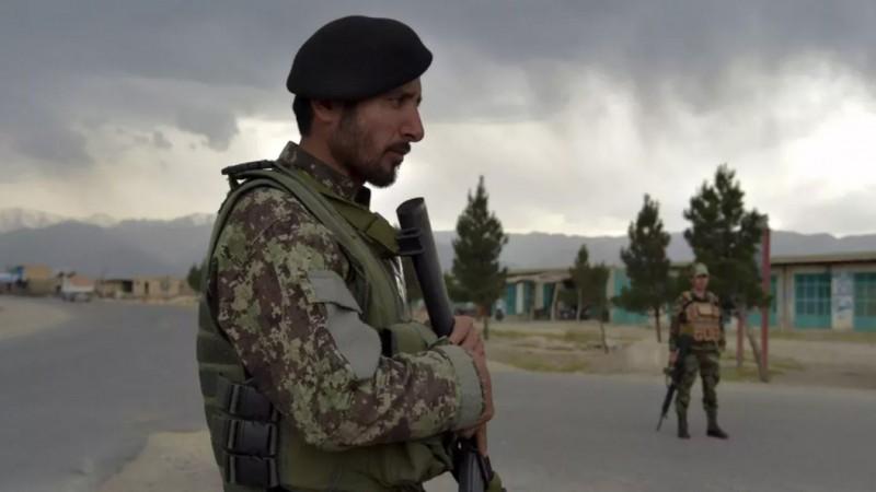 Trung Quốc kêu gọi Mỹ 'gánh vác trách nhiệm' đối với tình hình Afghanistan - ảnh 1