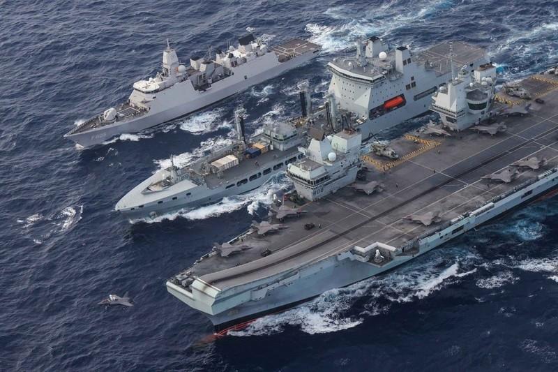 Điều tàu sân bay đến Biển Đông, Anh chỉ đơn giản muốn đối phó Trung Quốc? - ảnh 1