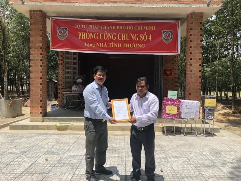 Sở Tư pháp TP.HCM tặng nhà cho cán bộ tư pháp tại Tây Ninh  - ảnh 2