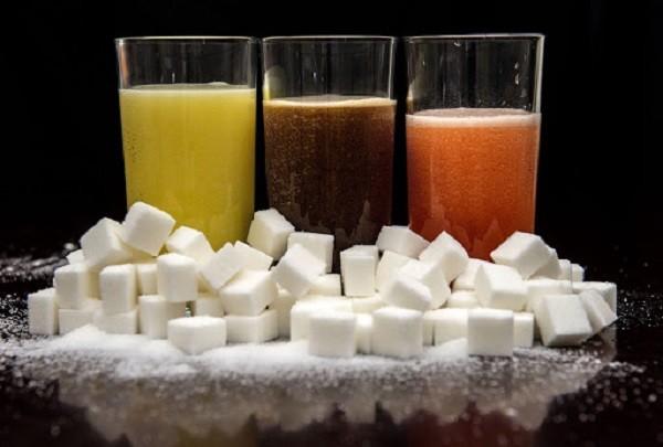 Đồ uống có đường ảnh hưởng tới lượng cholesterol và bệnh tim - ảnh 1