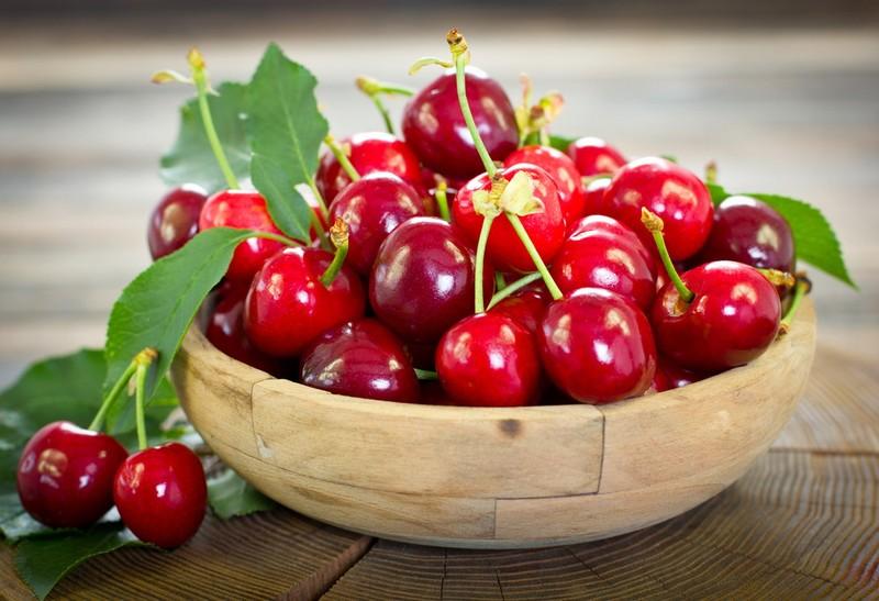 Nước ép cherry giúp điều trị bệnh gout - ảnh 1