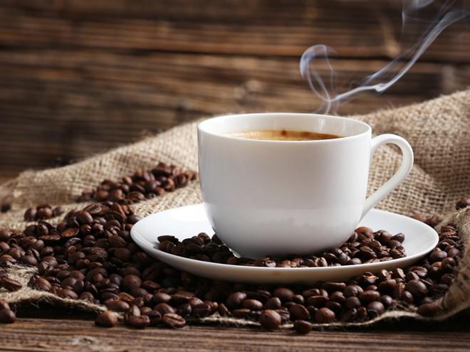 Uống cà phê khi đang bị bệnh có an toàn không?  - ảnh 1