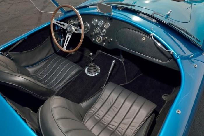 Kỳ công 12 năm phục chế xe mui trần cổ đời 1963 - ảnh 2
