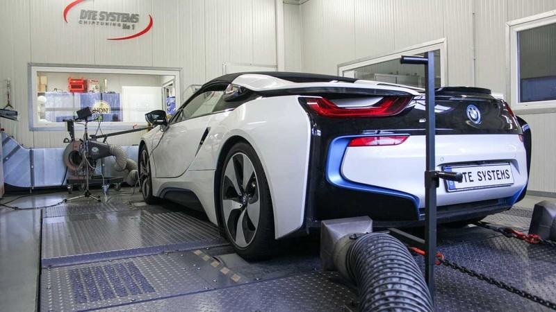 Độ lại BMW i8 mạnh hơn cả siêu xe - ảnh 2