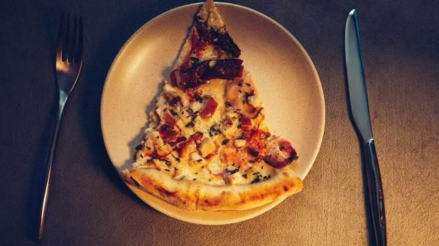 Tác hại của việc ăn khuya đối với sức khỏe - ảnh 2
