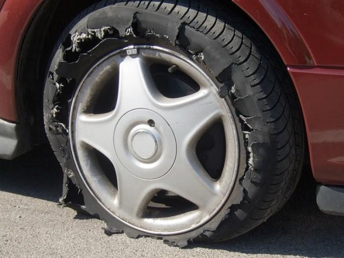 Làm thế nào để không bị nổ lốp ô tô giữa đường? - ảnh 2
