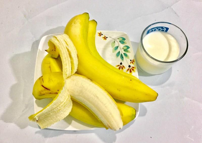 Ăn chuối kết hợp với sữa có tốt cho sức khỏe không? - ảnh 1