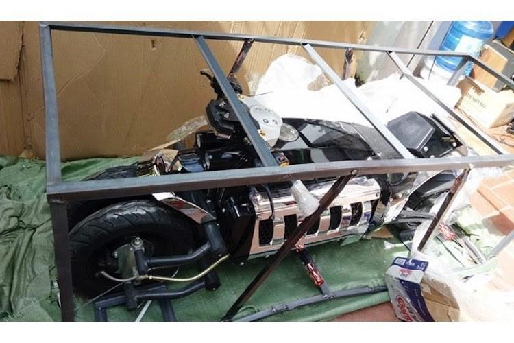Xuất hiện dị bản quái vật Dodge Tomahawk tại Việt Nam - ảnh 3