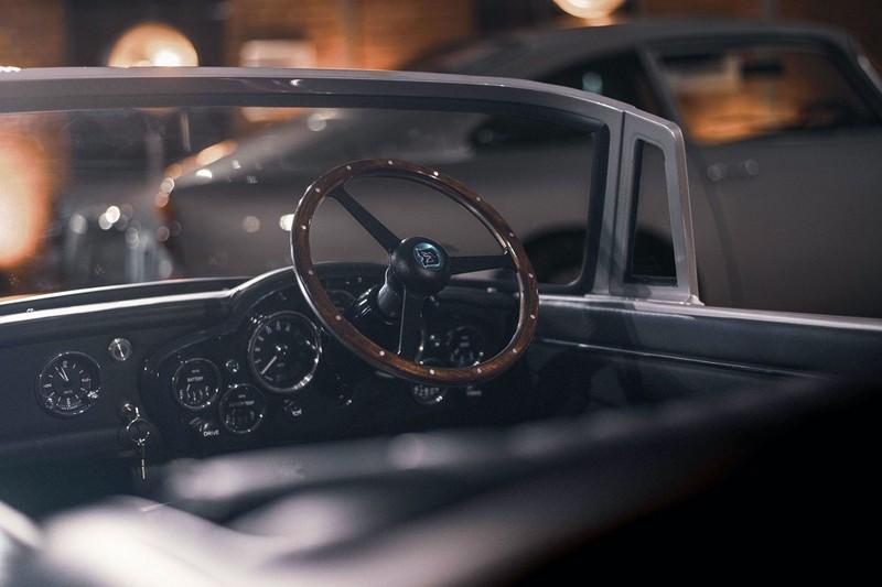 Chiếc xe điện đồ chơi trẻ em đắt bằng một chiếc Mercedes - ảnh 2