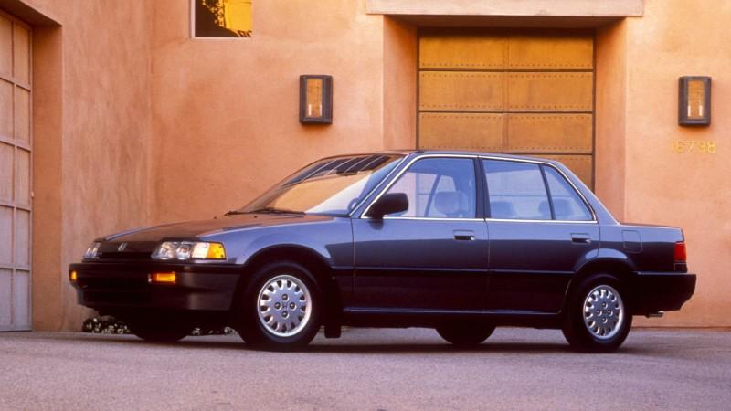 Nhìn lại thiết kế của Honda Civic qua các thời kỳ - ảnh 4