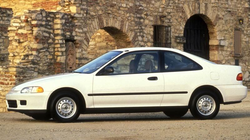Nhìn lại thiết kế của Honda Civic qua các thời kỳ - ảnh 5