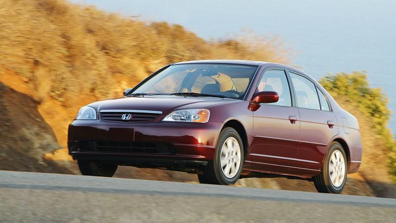 Nhìn lại thiết kế của Honda Civic qua các thời kỳ - ảnh 7