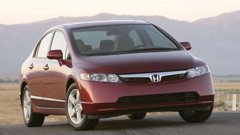Nhìn lại thiết kế của Honda Civic qua các thời kỳ - ảnh 8