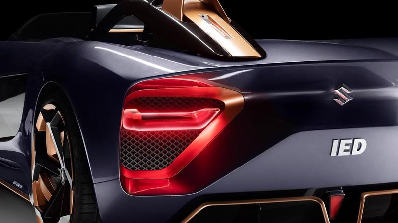 Suzuki ra mắt xe điện mui trần được lấy cảm hứng từ xe mô tô - ảnh 5