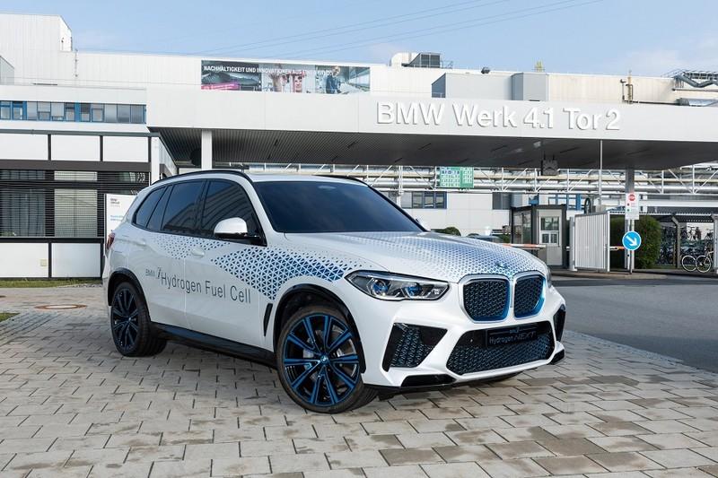 BMW X5 chạy bằng khí hydro sẽ ra mắt vào cuối năm 2022 - ảnh 1