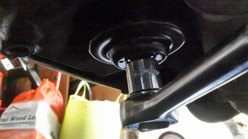 Cách thay nhớt xe máy tại nhà trong mùa dịch COVID-19  - ảnh 2