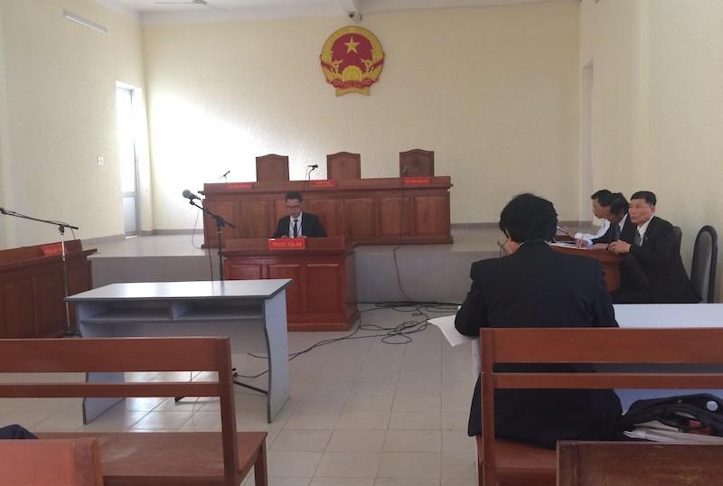 Hoãn xử vụ Chi cục phó bị khởi tố vì KSV bị bệnh - ảnh 1