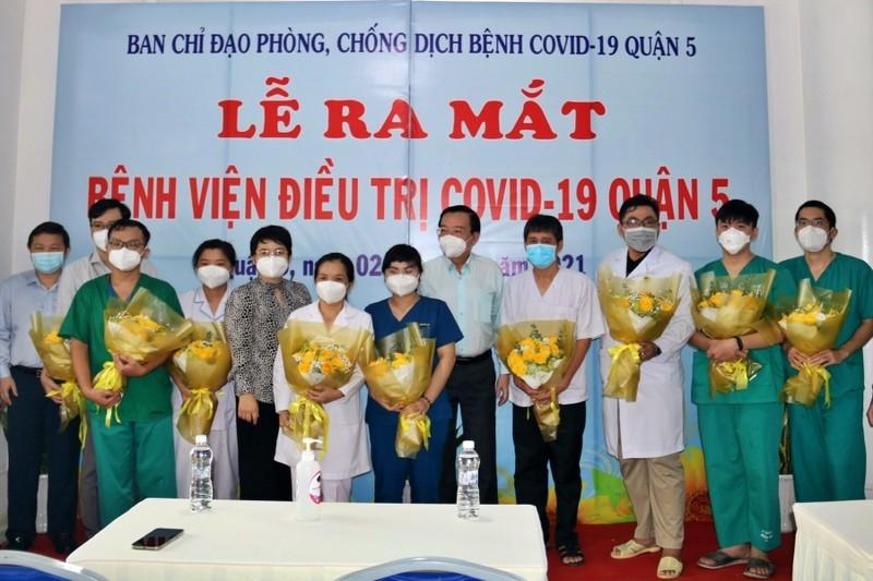 Bệnh viện điều trị COVID-19 quận 5 được đưa vào hoạt động - ảnh 2