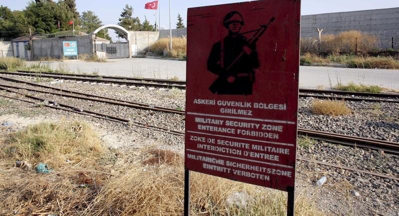 Thổ Nhĩ Kỳ cho xây bức tường 82 km dọc biên giới Syria? - ảnh 1