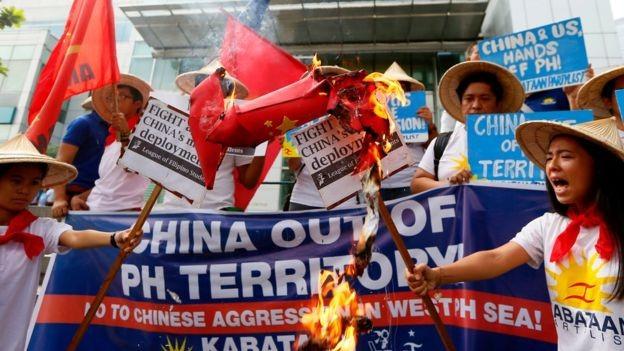 Trung Quốc lớn tiếng tố ngược Mỹ quân sự hóa biển Đông - ảnh 1