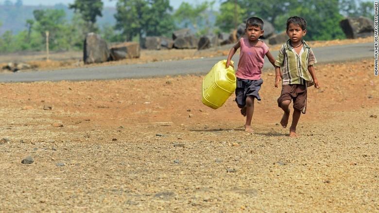 Ấn Độ nóng kỷ lục 51 độ C - ảnh 1