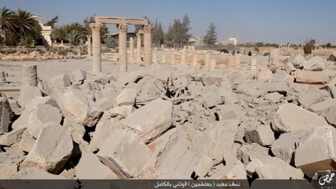 thành cổ Palmyra, Syria.