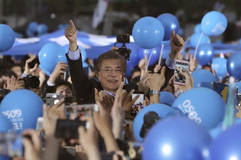Ông Moon Jae-in nắm chắc ghế Tổng thống Hàn Quốc - ảnh 1