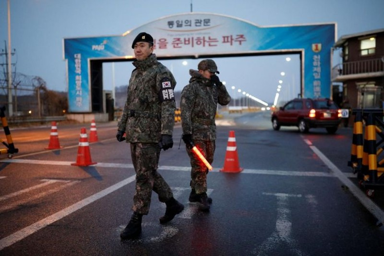 Hàn Quốc xem xét tạm gỡ lệnh trừng phạt Triều Tiên - ảnh 3