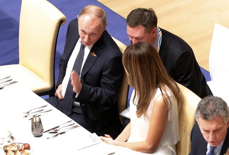 Ông Putin thú nhận từng 'nổ' với bà Melania Trump - ảnh 1