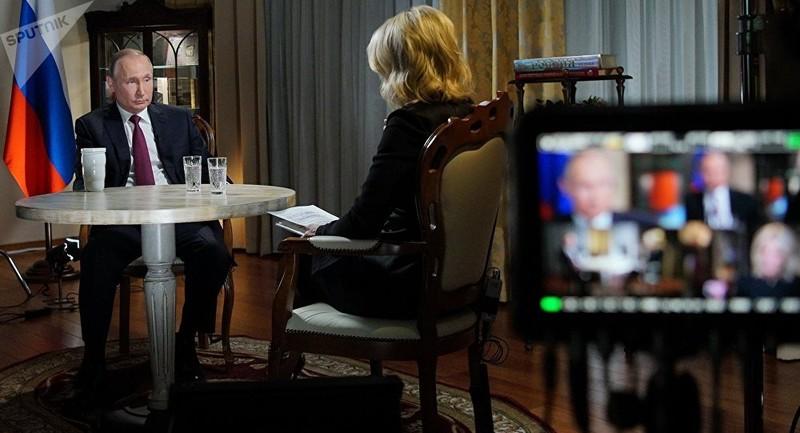 Ông Putin kể vụ trực thăng chở mình bị bắn ở Chechnya - ảnh 1