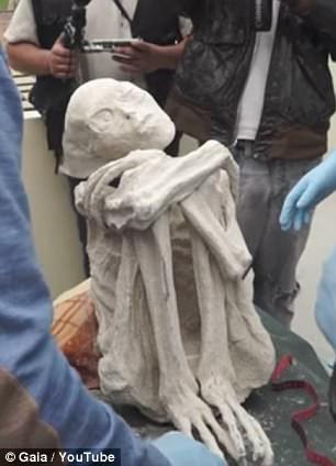 Bí ẩn xác ướp có 3 ngón tay nghi người ngoài hành tinh - ảnh 1